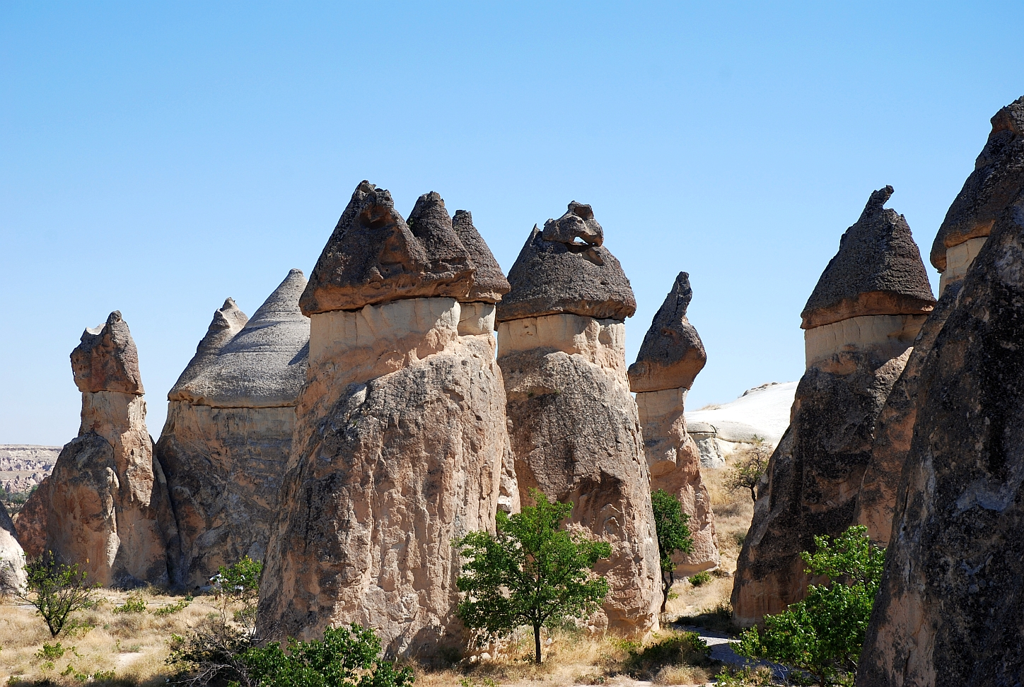 Figure 6.11 - Fairy Chimneys red.jpg?143